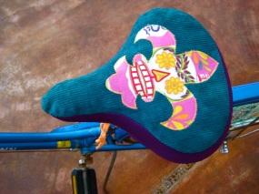 fleur de lis bicycle seat cover skull